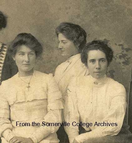 Augusta Cullis with fellow students 1906